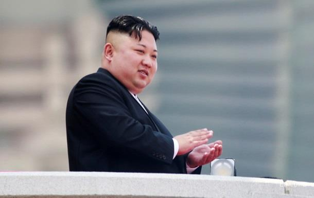 Ким Чен Ын тайно посетил военную базу