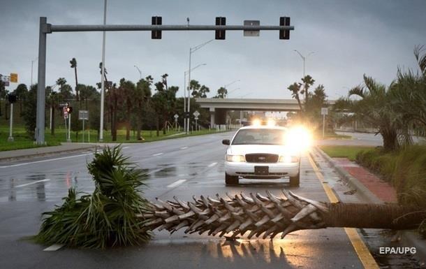 Ураган Харви усилился до четвертой из пяти категории мощности