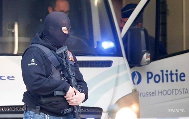 У відділення поліції в Брюсселі кинули  коктейль Молотова