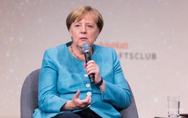Меркель вважає правильною міграційну політику Німеччини