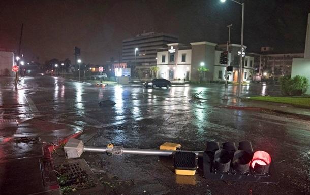 В США растет число жертв урагана Харви
