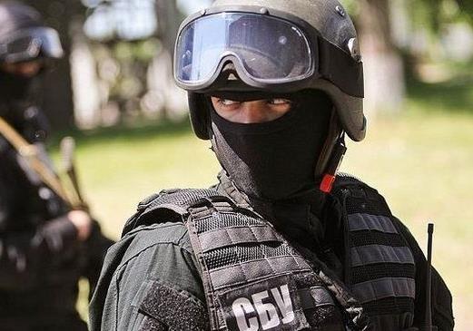 Наркотики, подпольный банк и коррупция в среде военных чиновников