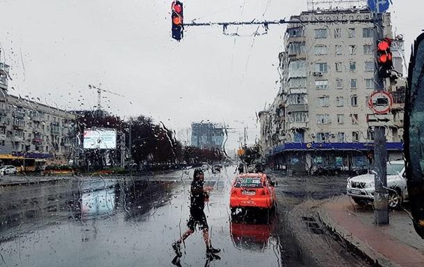 Українців попереджають про сильні грози