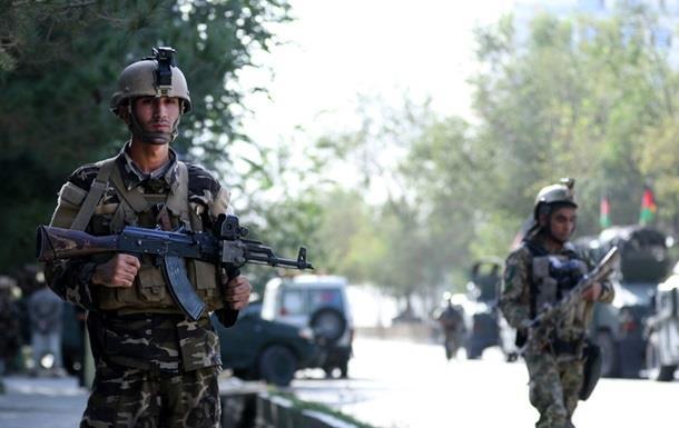 Взрыв в Афганистане: десятки погибших и раненых