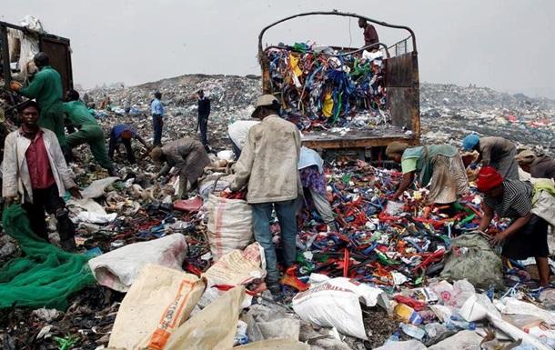 У Кенії заборонили пластикові пакети