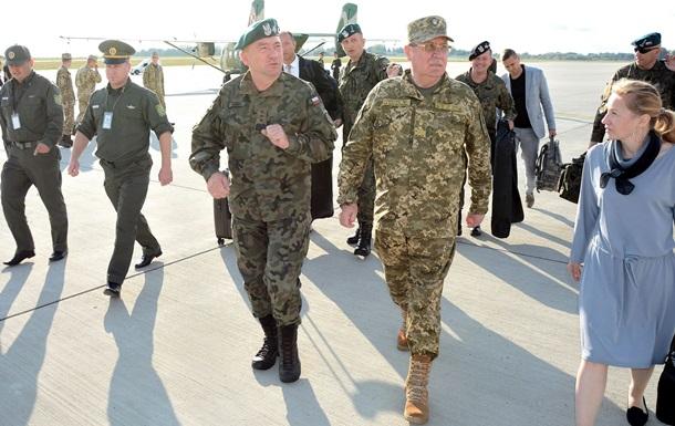 В Украину приехала делегация польских военных