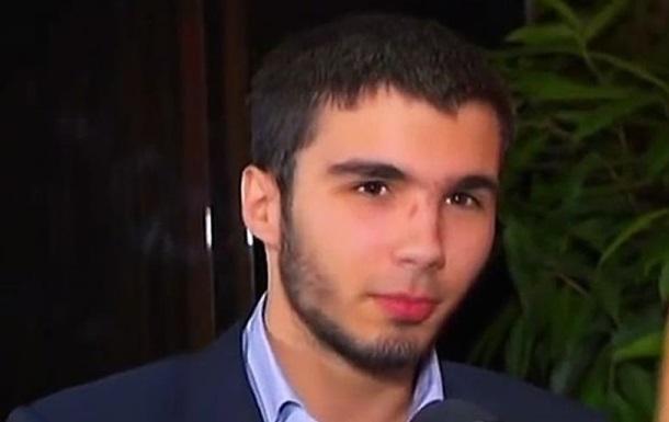 Суд відпустив Шуфрича-молодшого на поруки батька