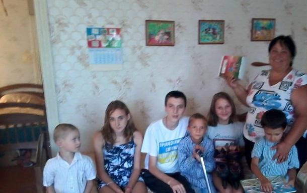 Правозащитник Кожушко Николай:Дети станицы Луганской получили помощь из Днепра.