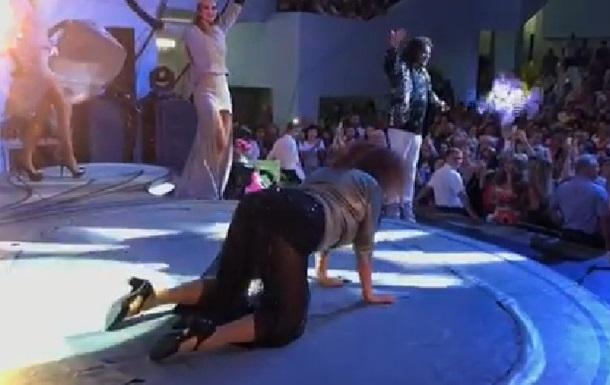 Кіркоров поглумився над танцем фанатки на концерті