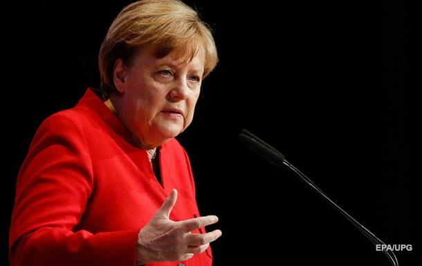 Меркель погрожує посилити відносини з Туреччиною