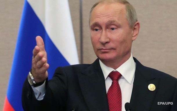 Путин назвал санкции против РФ нелепыми