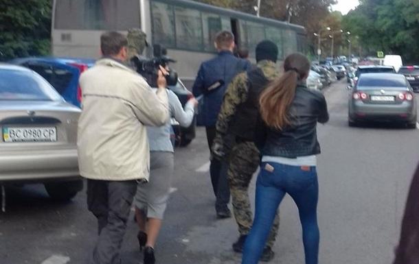 Обшуки у Димінського: поліція розкрила деталі