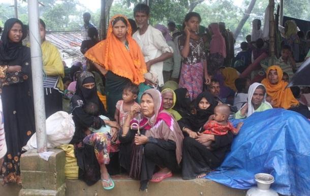 До Бангладешу прибуло 270 тисяч біженців із М янми