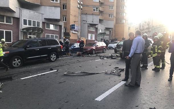 З явилося відео вибуху авто в центрі Києва