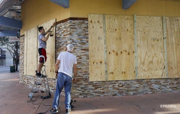 Во Флориде крупнейшая в истории эвакуация в связи с ураганом