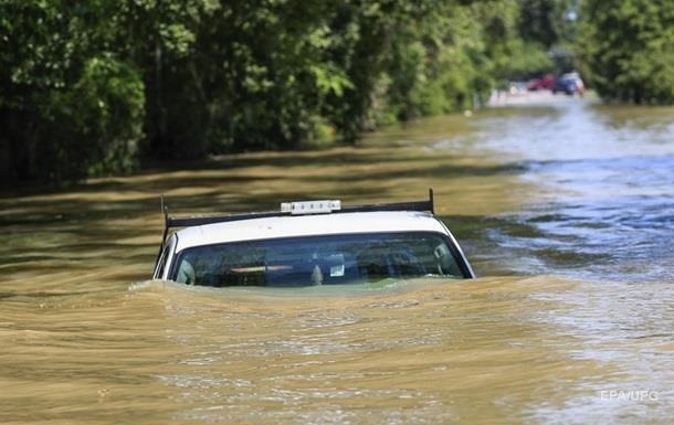 Трамп виділив $ 15 млрд на ліквідацію наслідків урагану Харві