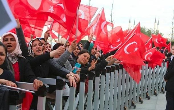Турция призвала граждан не посещать Германию