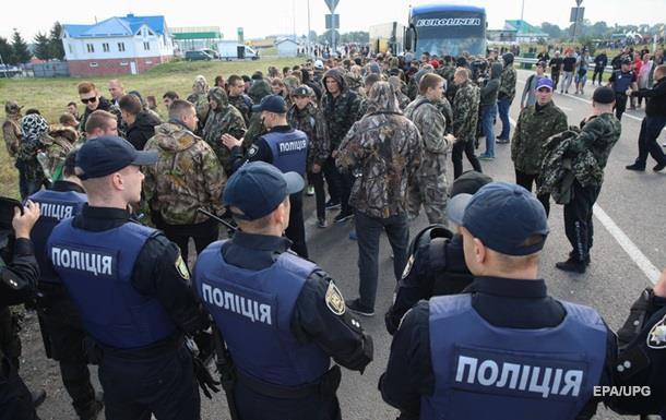 Аваков пригрозил участникам прорыва Саакашвили