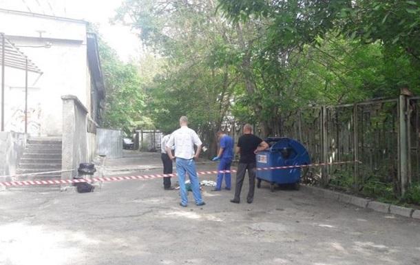 В Одессе студент выбросился с девятого этажа вуза
