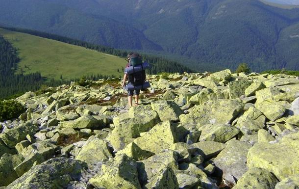 В Карпатах во время восхождения на гору умер турист