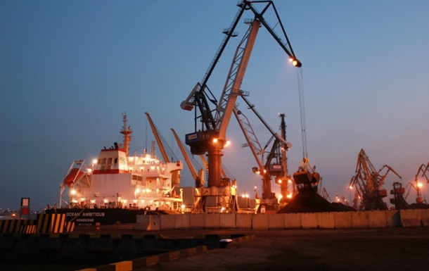 В Украину прибыло первое судно с углем из США