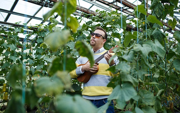 Ученые выяснили, под какую музыку лучше растут огурцы