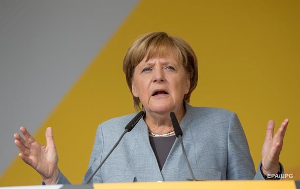 Меркель назвала интересным предложение Путина о миротворцах