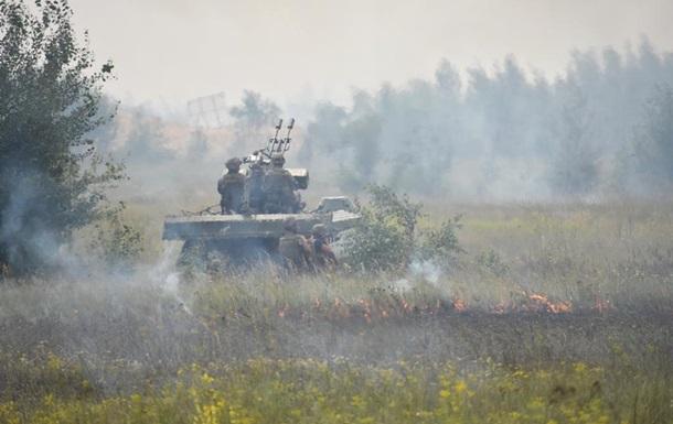 В зоне АТО 13 обстрелов, ранен боец – штаб