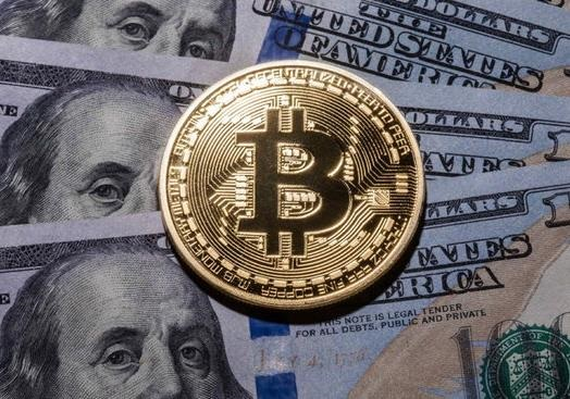 Почем доллар, и кому Bitcoin