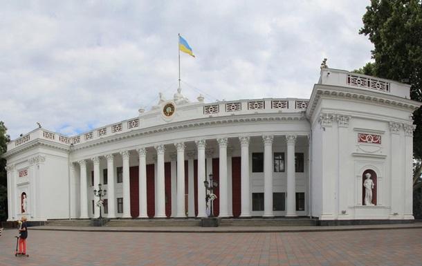 В Одессе после пожара проверят все школы и больницы