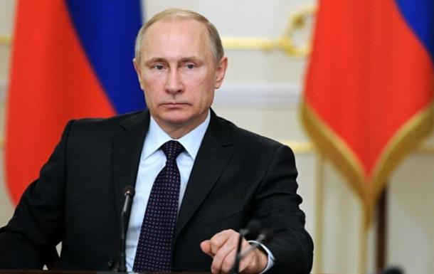 В РФ хотят урезать права Путина