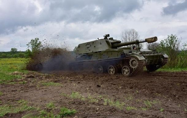 На Миколаївщині згоріла самохідна гаубиця