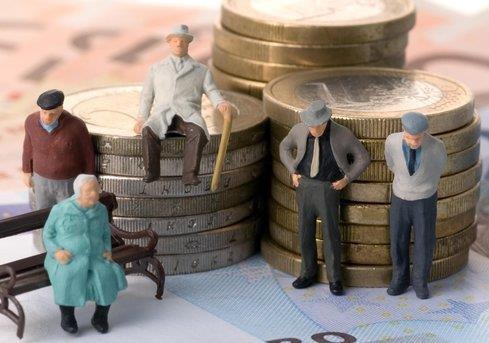 Пенсійна реформа – для кого вона? Для людей чи для влади?