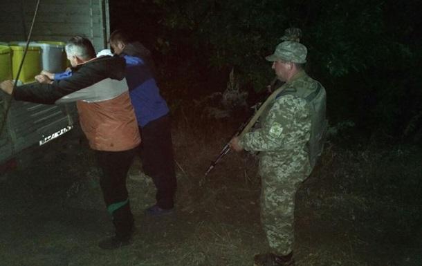 На Луганщине контрабандисты пытались вывезти в Россию 4 т меда