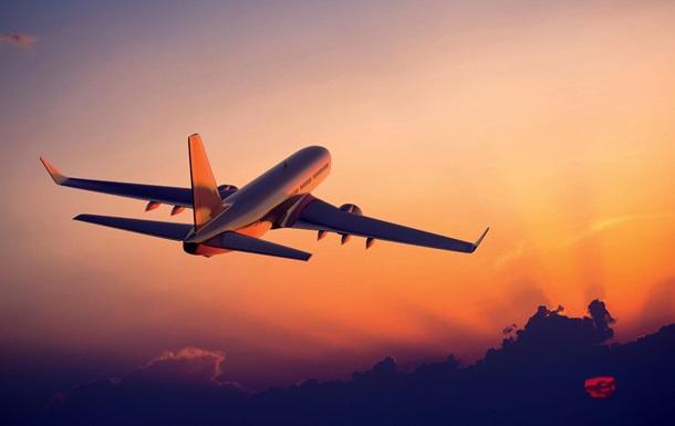 Український суд вперше оштрафував російську авіакомпанію за польоти до Криму