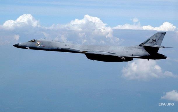 Самолеты США совершили полет вдоль границ КНДР
