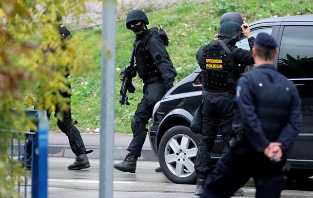 У Хорватії чоловік з ножем напав на відвідувачів кафе