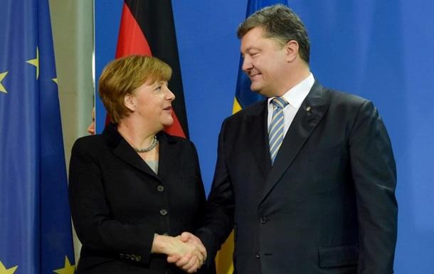 Порошенко поздравил Меркель с победой