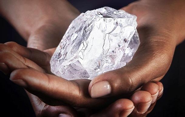 Найбільший у світі діамант продали за $53 млн