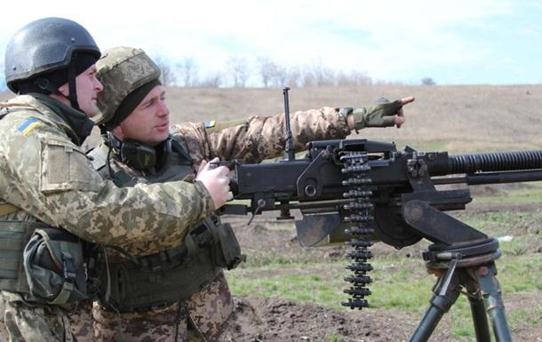 В зоне АТО 15 обстрелов, ранен один боец – штаб