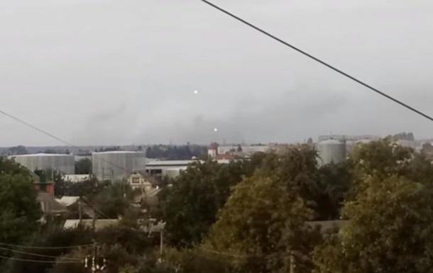 Появилось утреннее видео взрывов под Винницей