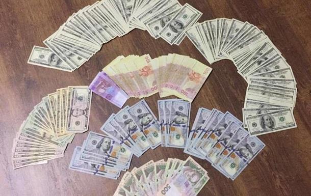 Керівник виконавчої служби Одещини погорів на хабарі в $ 6,5 тис.