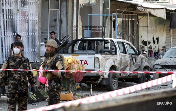 В Кабуле смертники совершили подрыв возле мечети