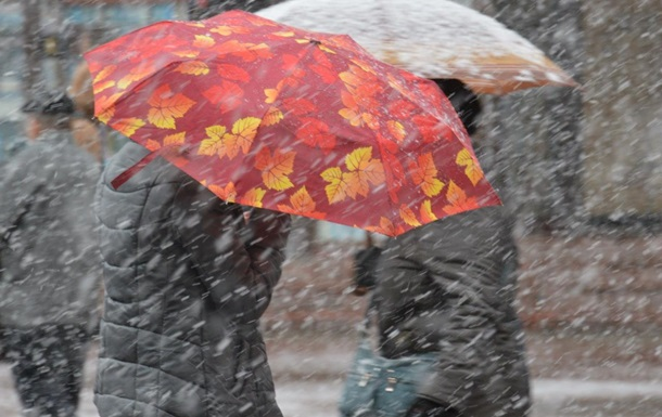 Синоптики: В октябре Украину ожидает снег