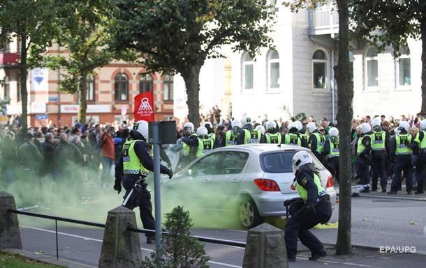 В Швеции массовые задержания на марше неонацистов