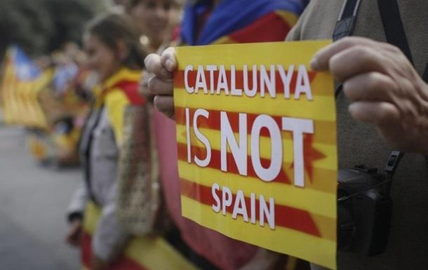 Референдум в Каталонии: у избирательных участков формируются очереди
