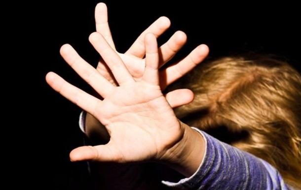 На Кировоградщине изнасиловали трехлетнюю девочку