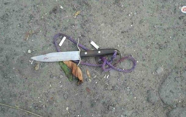 В Одесі чоловік з ножем напав на молоду пару в магазині