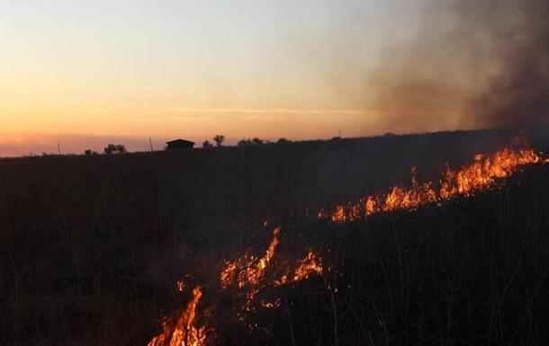 Штаб: Гнутово накрыли Градами, загорелось поле