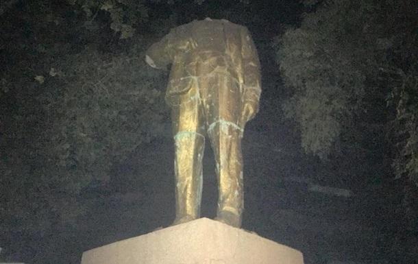 В Одеській області відсікли голову відреставрованому пам ятнику Леніну